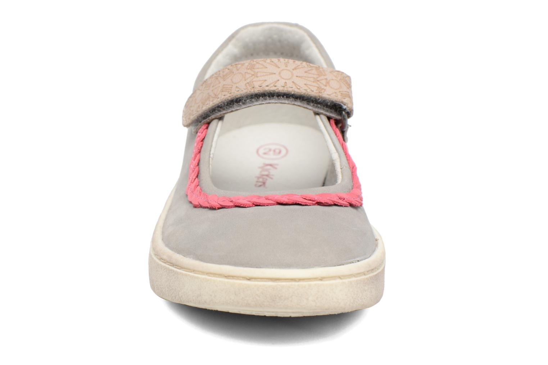 Ballerines Kickers Lydie Gris vue portées chaussures