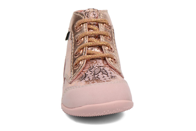 Zapatos con cordones Kickers Boetik Rosa vista del modelo