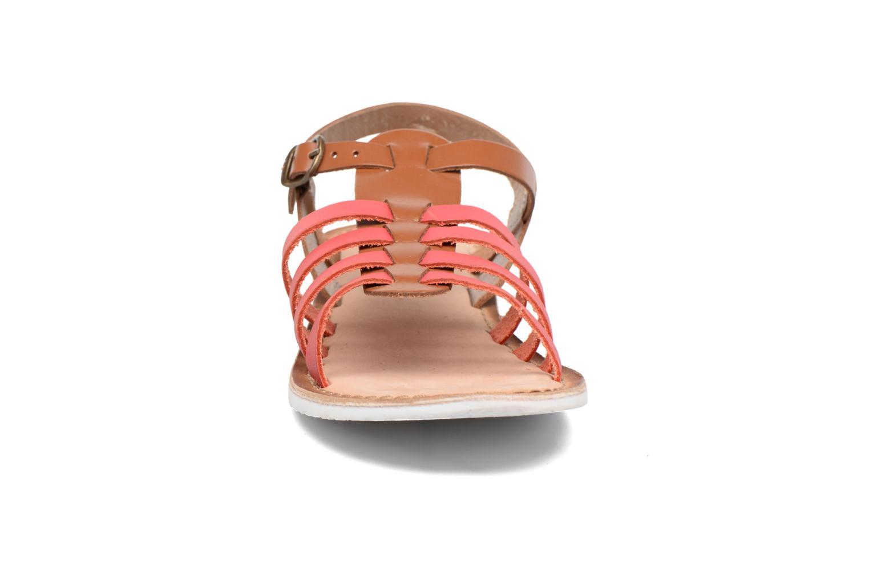 Sandalen Kickers Sparta rosa schuhe getragen