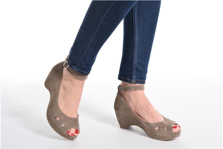 Sandali e scarpe aperte Khrio Cylia Beige immagine dal basso