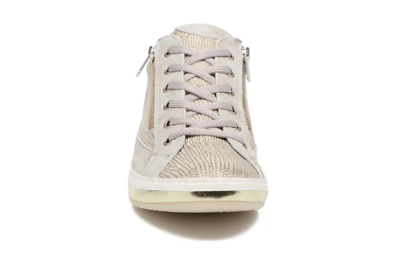 Sneaker Khrio Giulia silber schuhe getragen
