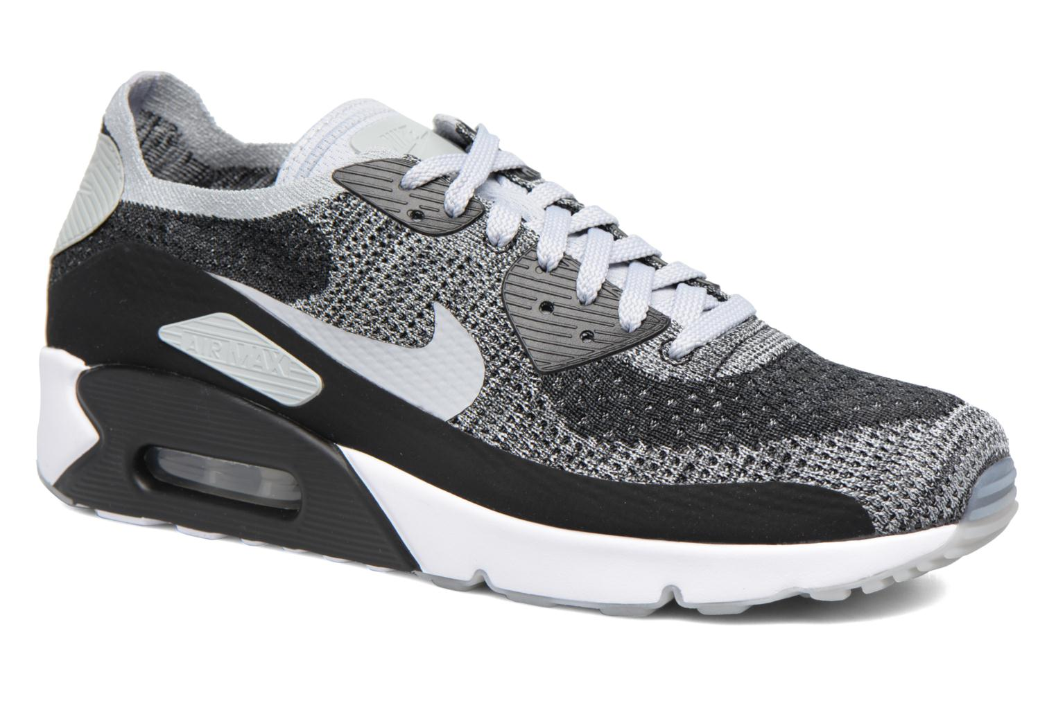 Trainers Nike Air Max 90 Ultra 2.0 Flyknit Black detailed view/ Pair view