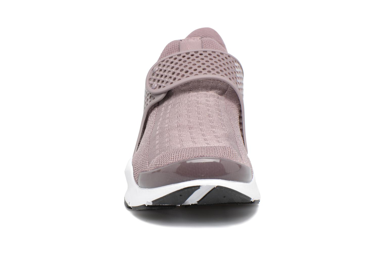 Baskets Nike Wmns Nike Sock Dart Violet vue portées chaussures