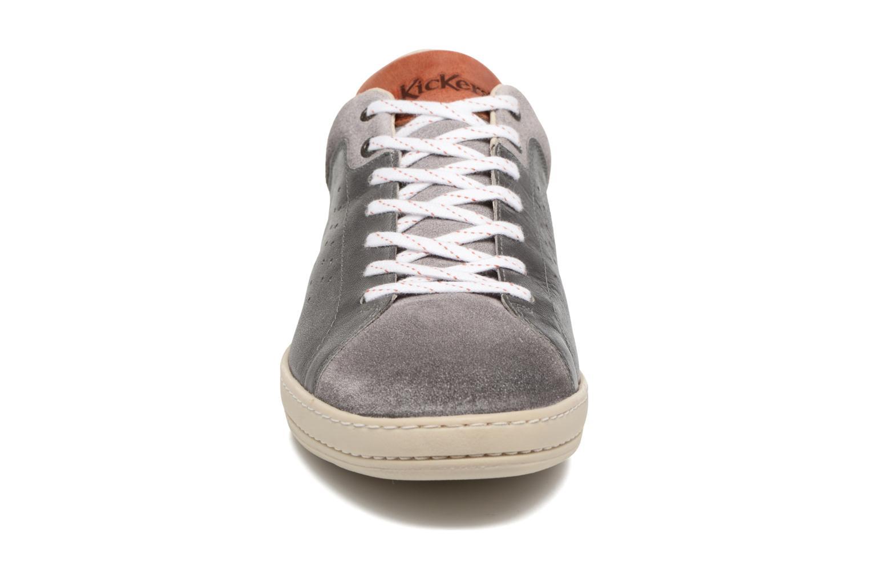 Baskets Kickers Sniff Gris vue portées chaussures