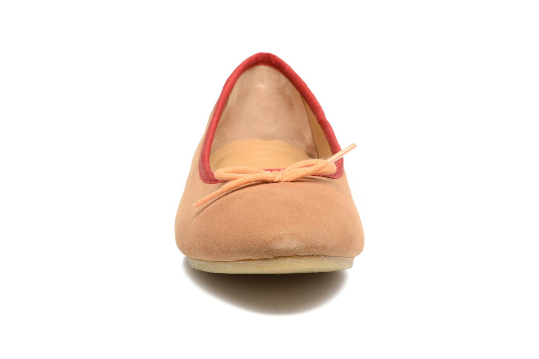 Ballerines Kickers Baie Marron vue portées chaussures