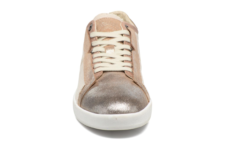 Baskets Kickers Happystar Beige vue portées chaussures