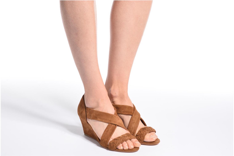 Sandales et nu-pieds COSMOPARIS Vika/Tre Marron vue bas / vue portée sac