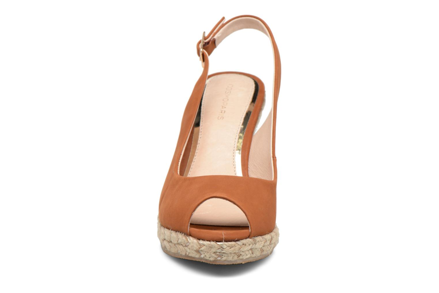 Sandals COSMOPARIS Lany Brown model view