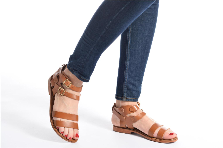 Sandali e scarpe aperte L'Atelier Tropézien Liz Marrone immagine dal basso