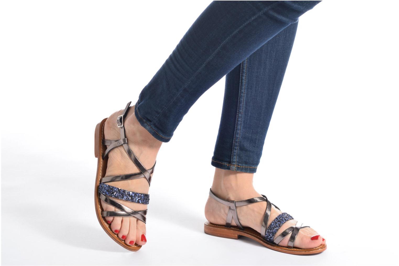 Sandales et nu-pieds L'Atelier Tropézien Juju Noir vue bas / vue portée sac