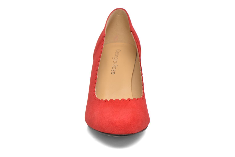 Zapatos de tacón Georgia Rose Saston Rojo vista del modelo