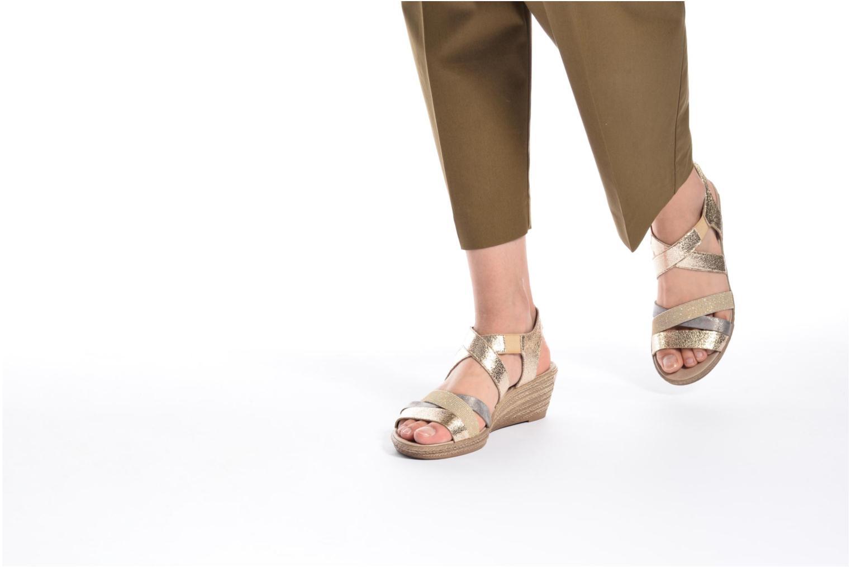 Sandales et nu-pieds Rieker Jara 62438 Or et bronze vue bas / vue portée sac