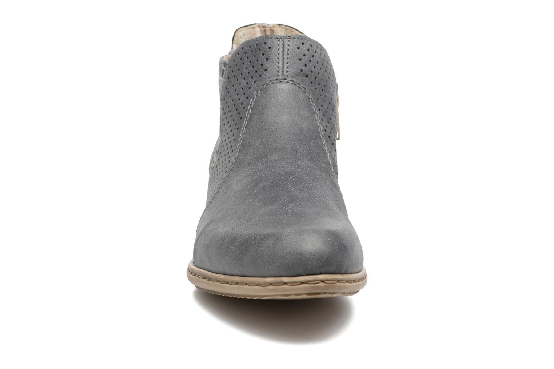 Bottines et boots Rieker Marla 0757 Bleu vue portées chaussures