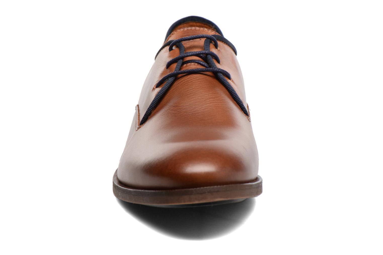 Chaussures à lacets Kost Blaise Marron vue portées chaussures