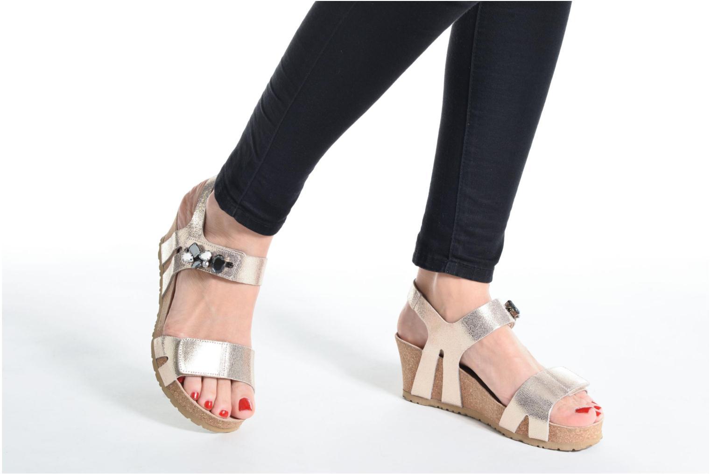 Sandales et nu-pieds Mephisto Lottie Or et bronze vue bas / vue portée sac