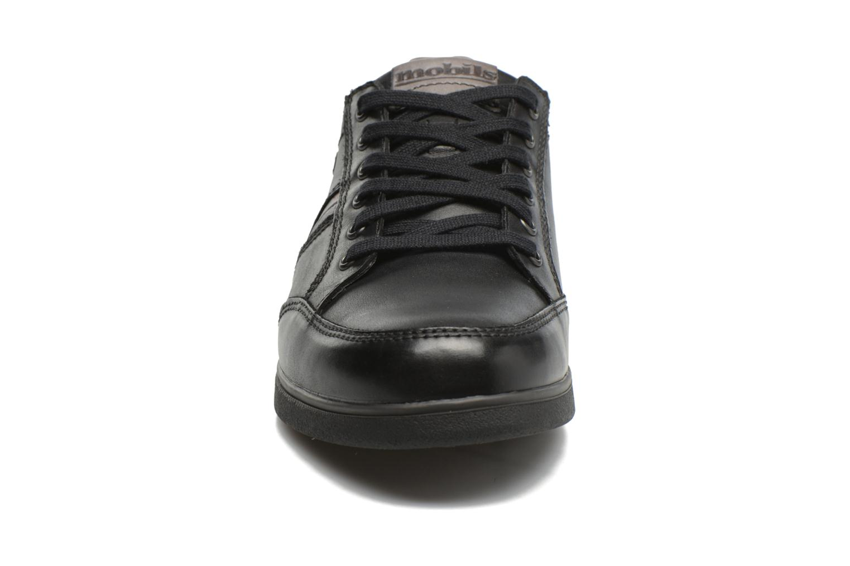 Baskets Mephisto Barry Noir vue portées chaussures