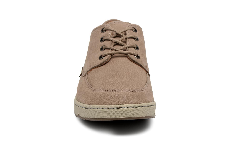 Zapatos con cordones Mephisto Justin Beige vista del modelo