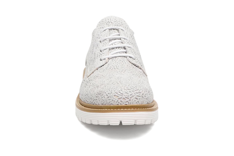 Scarpe con lacci Bronx Brifka-Chun Bianco modello indossato