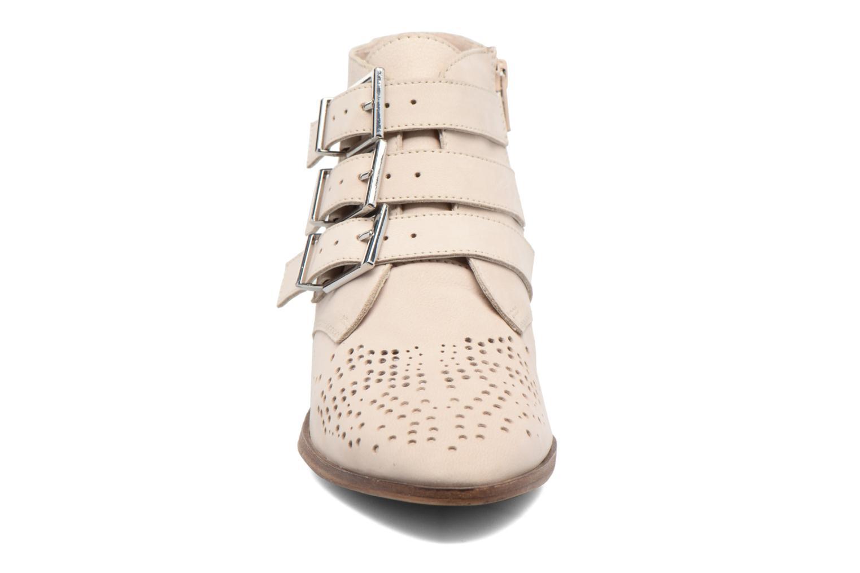 Bottines et boots Bronx Brezax Beige vue portées chaussures