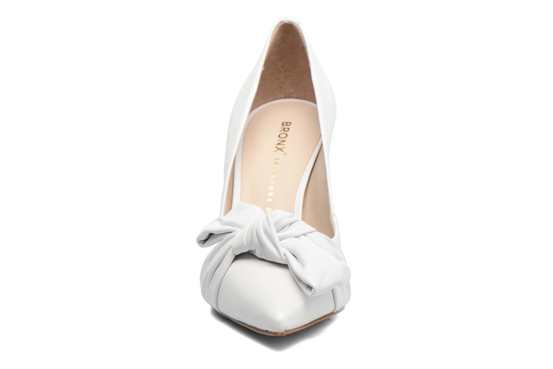Escarpins Bronx Bcotex Blanc vue portées chaussures