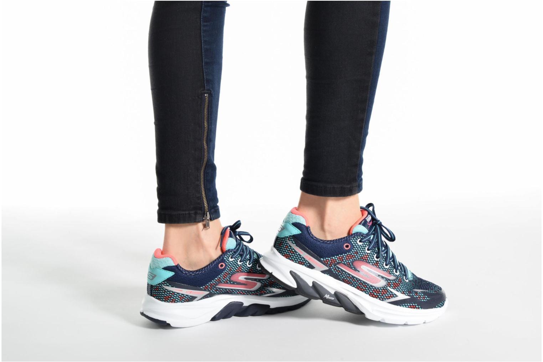Chaussures de sport Skechers GO Meb Strada 2 Bleu vue bas / vue portée sac