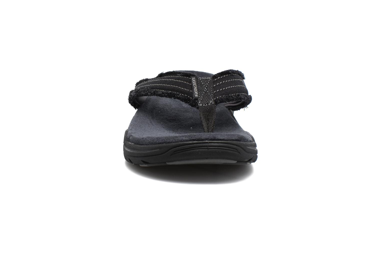 Slippers Skechers Evented Arven Zwart model