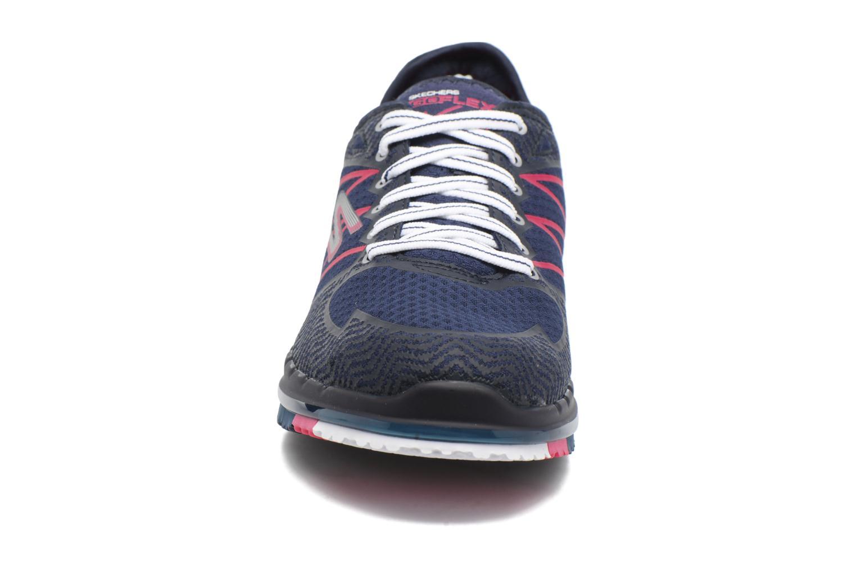 Chaussures de sport Skechers GO Flex Momentum Bleu vue portées chaussures