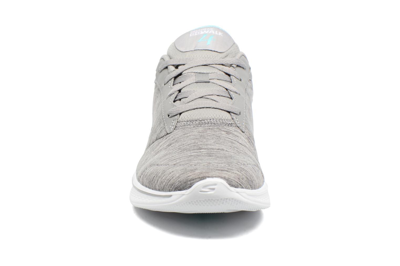 Sneakers Skechers GO Walk 4 serenity Grå bild av skorna på