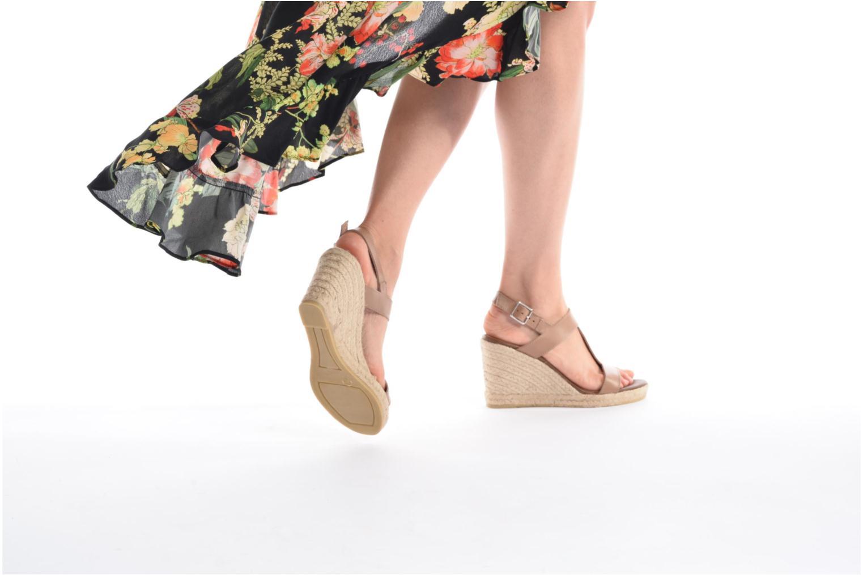 Espadrilles Georgia Rose Louvi beige ansicht von unten / tasche getragen