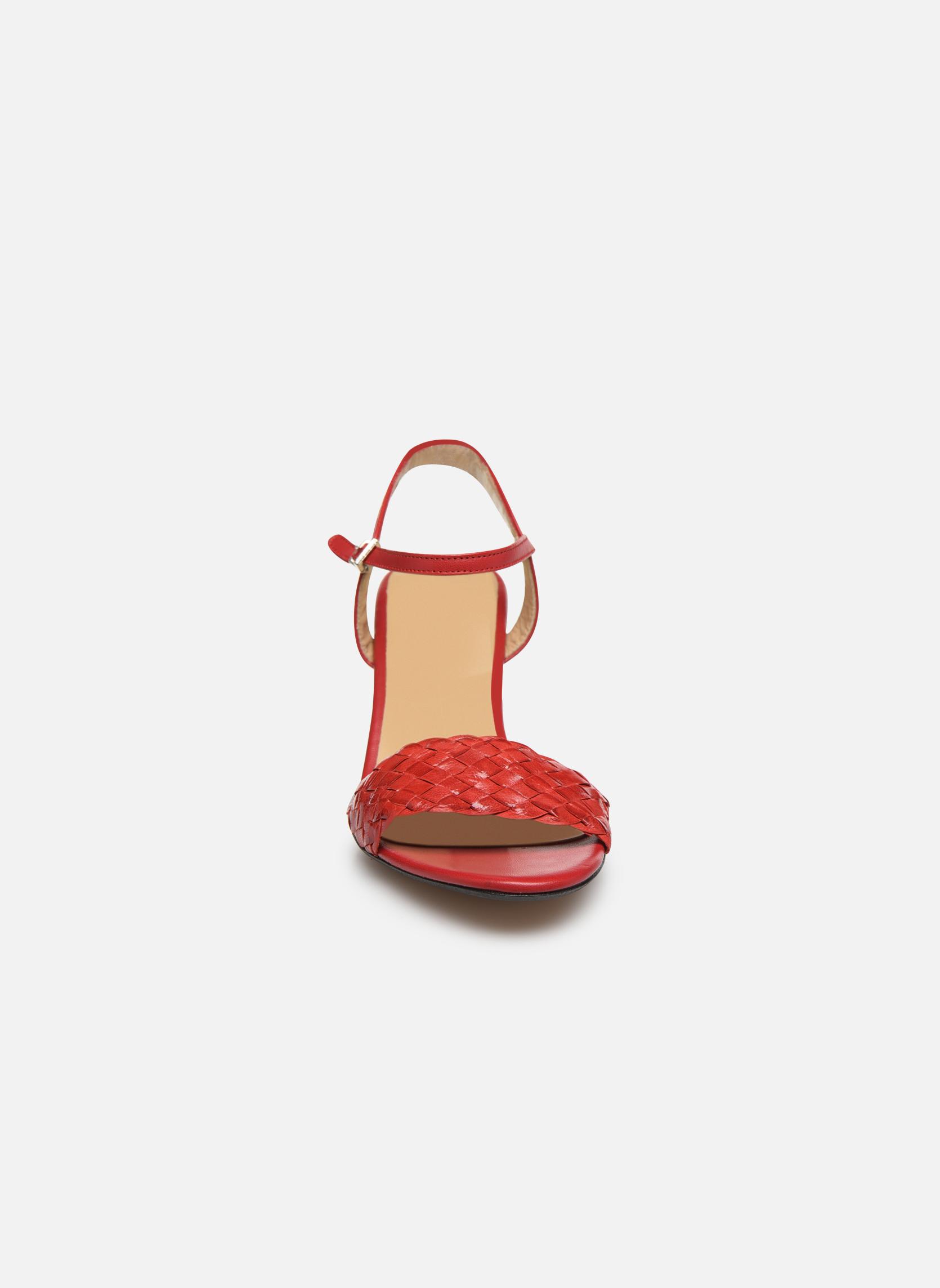Sandales et nu-pieds Georgia Rose Satresse Rouge vue portées chaussures