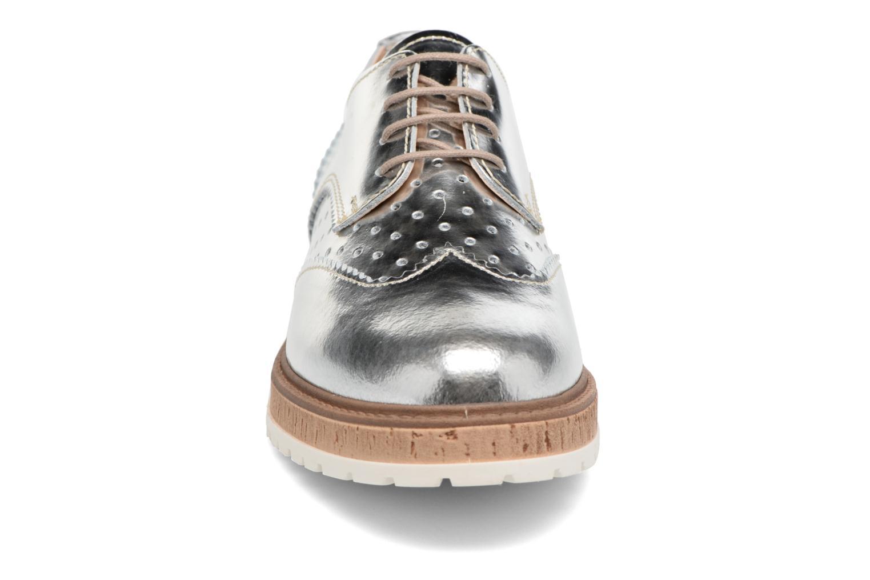 Chaussures à lacets Esprit Crissy Metal Lace up Argent vue portées chaussures
