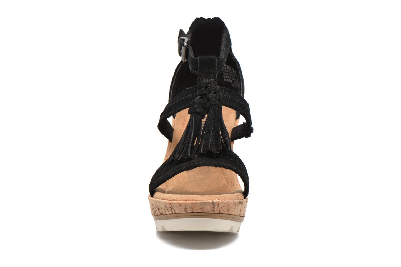 Sandalen Minnetonka Lincoln schwarz schuhe getragen