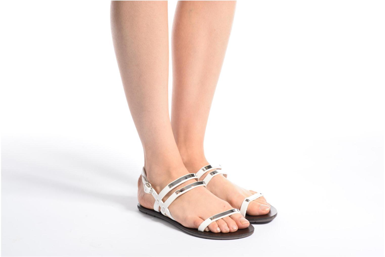 Sandalen Chattawak Lydie braun ansicht von unten / tasche getragen
