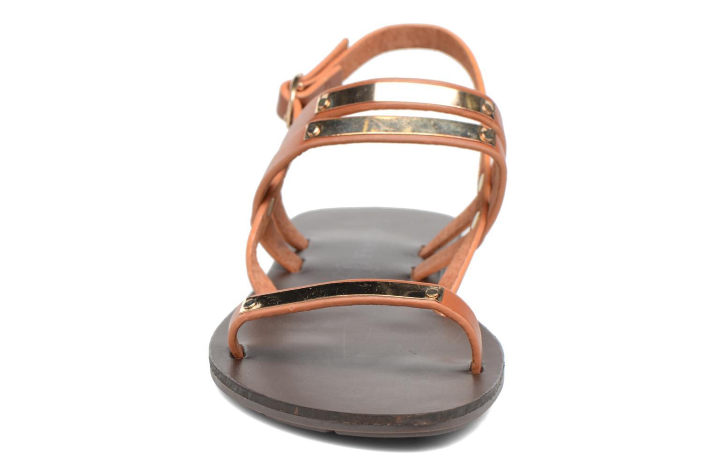 Sandalen Chattawak Lydie braun schuhe getragen
