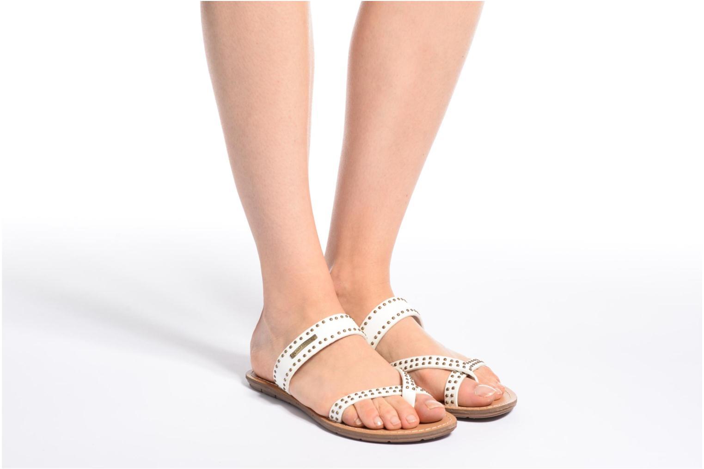 Sandales et nu-pieds Chattawak Pamela Blanc vue bas / vue portée sac