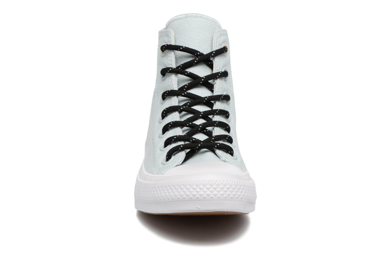 Sneakers Converse Chuck Taylor All Star II Hi Shield Lycra W Azzurro modello indossato