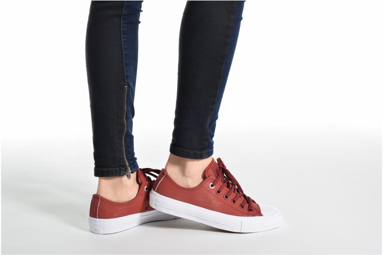 Sneakers Converse Chuck II Two-Tone Leather Ox W Rosso immagine dal basso