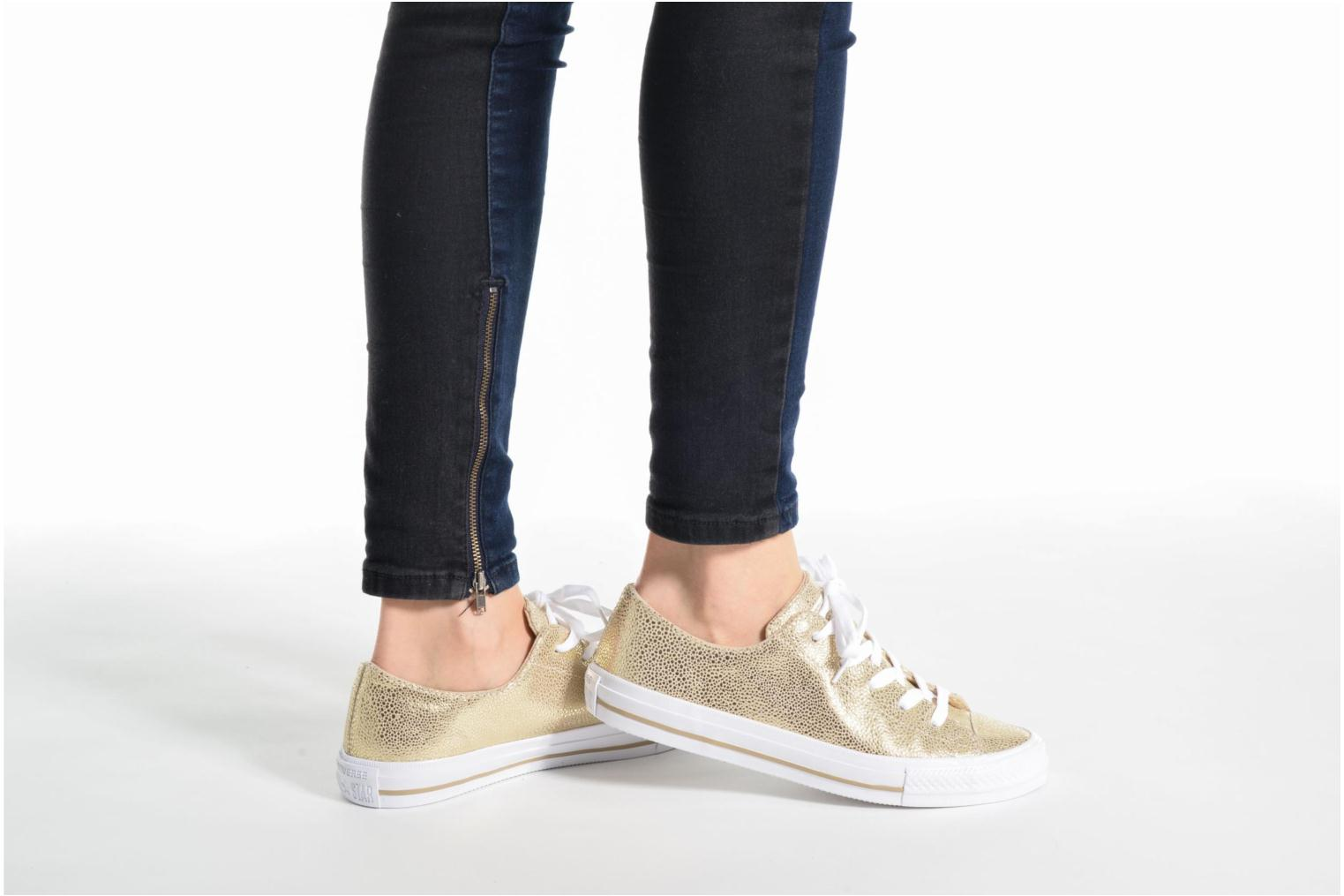 Baskets Converse Chuck Taylor All Star Gemma Ox Sting Ray Leather Or et bronze vue bas / vue portée sac