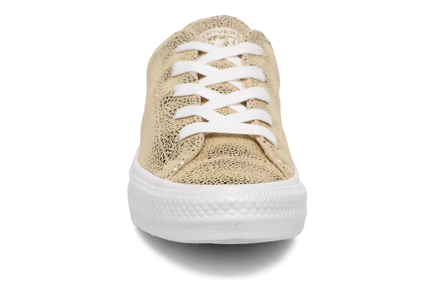 Baskets Converse Chuck Taylor All Star Gemma Ox Sting Ray Leather Or et bronze vue portées chaussures
