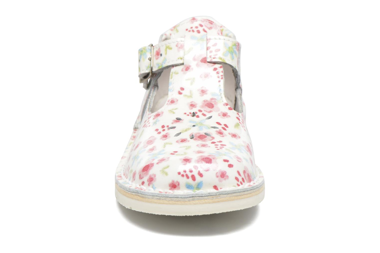 Ballerines GBB Knepa Blanc vue portées chaussures