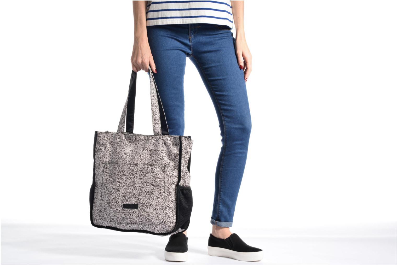 Handbags Tamaris Nikky Shopping Bag Black view from above