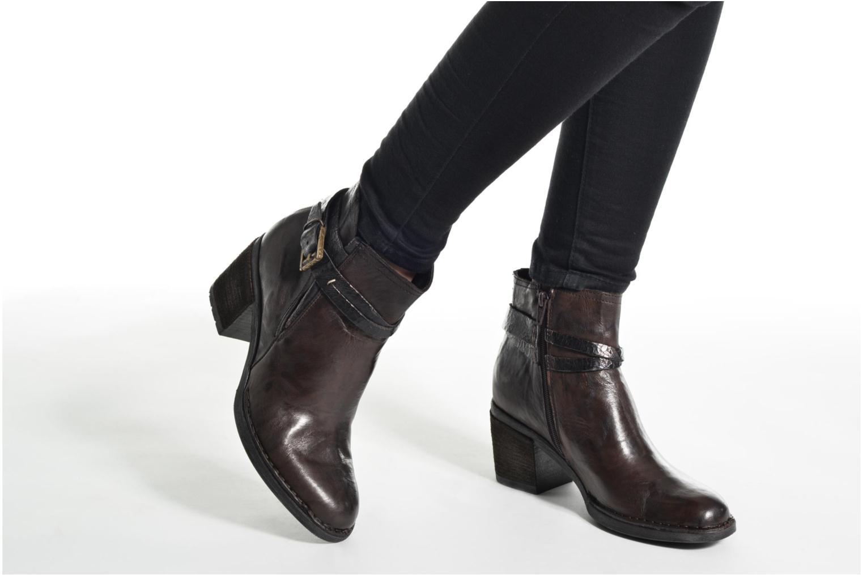 Bottines et boots Khrio Terro Marron vue bas / vue portée sac