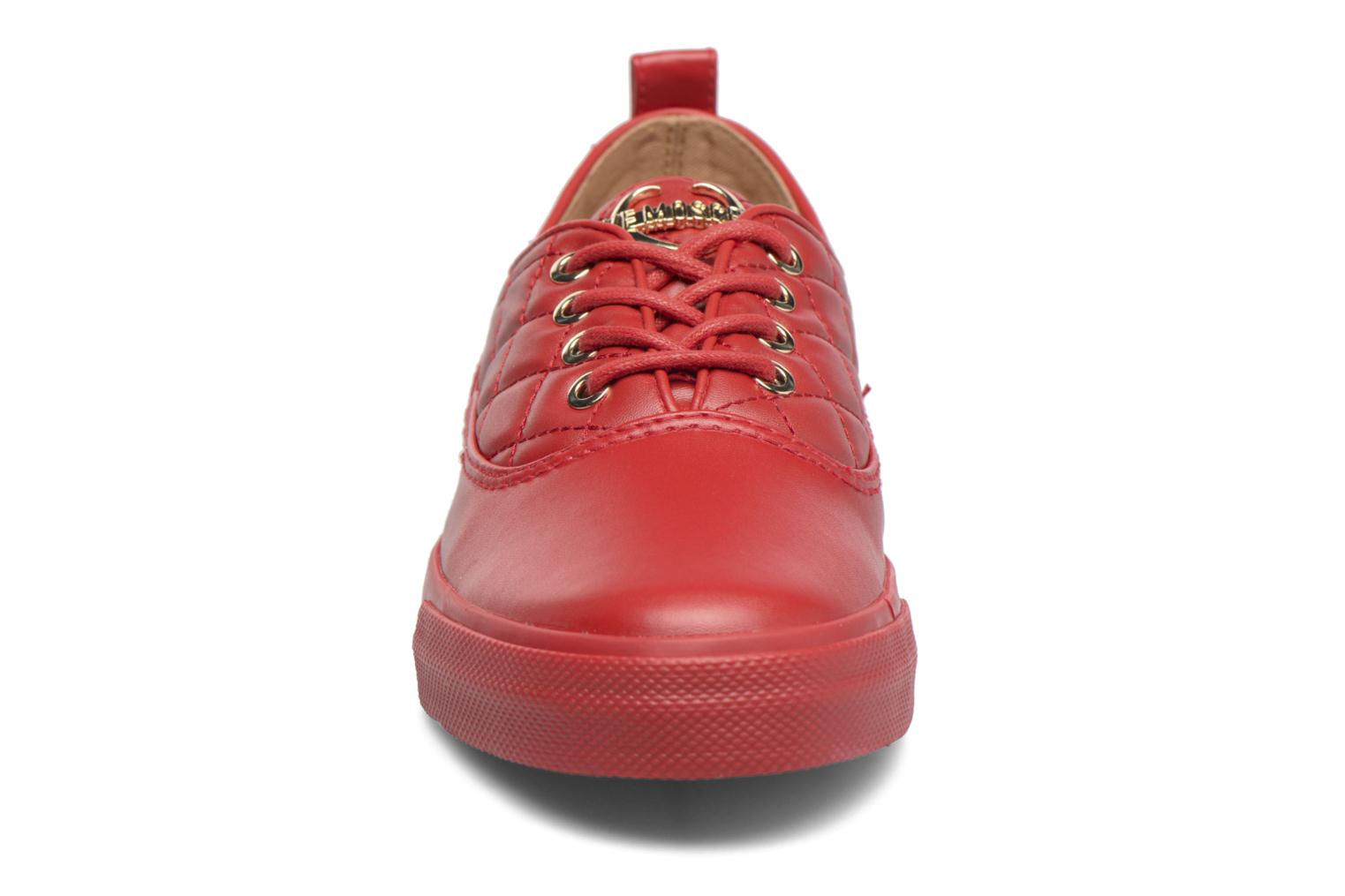 Trainers Love Moschino Superquilted Sneaker Red model view