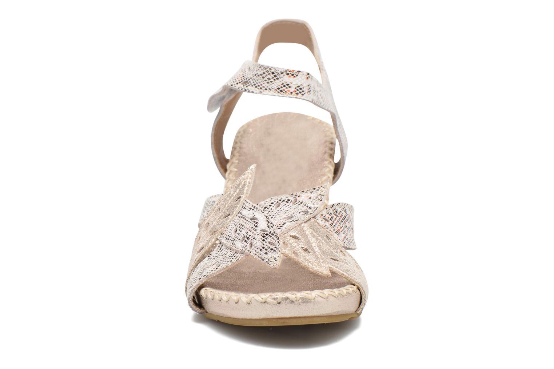 Sandali e scarpe aperte Laura Vita Sari Oro e bronzo modello indossato