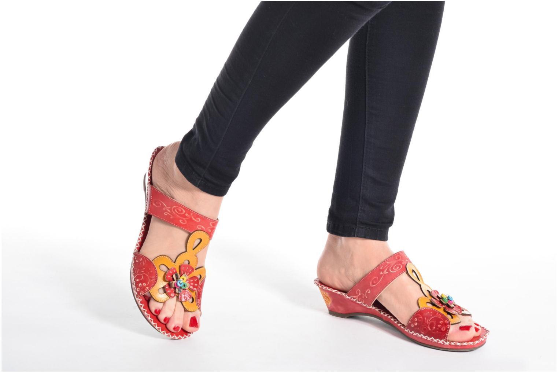 Clogs & Pantoletten Laura Vita Scotch rot ansicht von unten / tasche getragen