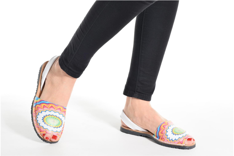 Sandalen Laura Vita Sirene weiß ansicht von unten / tasche getragen