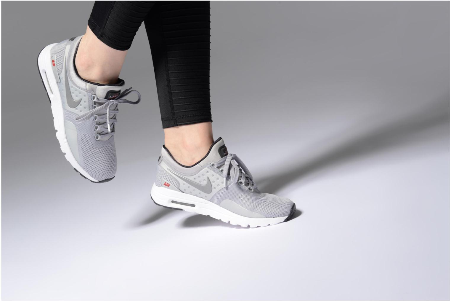 Trainers Nike W Nike Air Max Zero Qs Grey view from underneath / model view