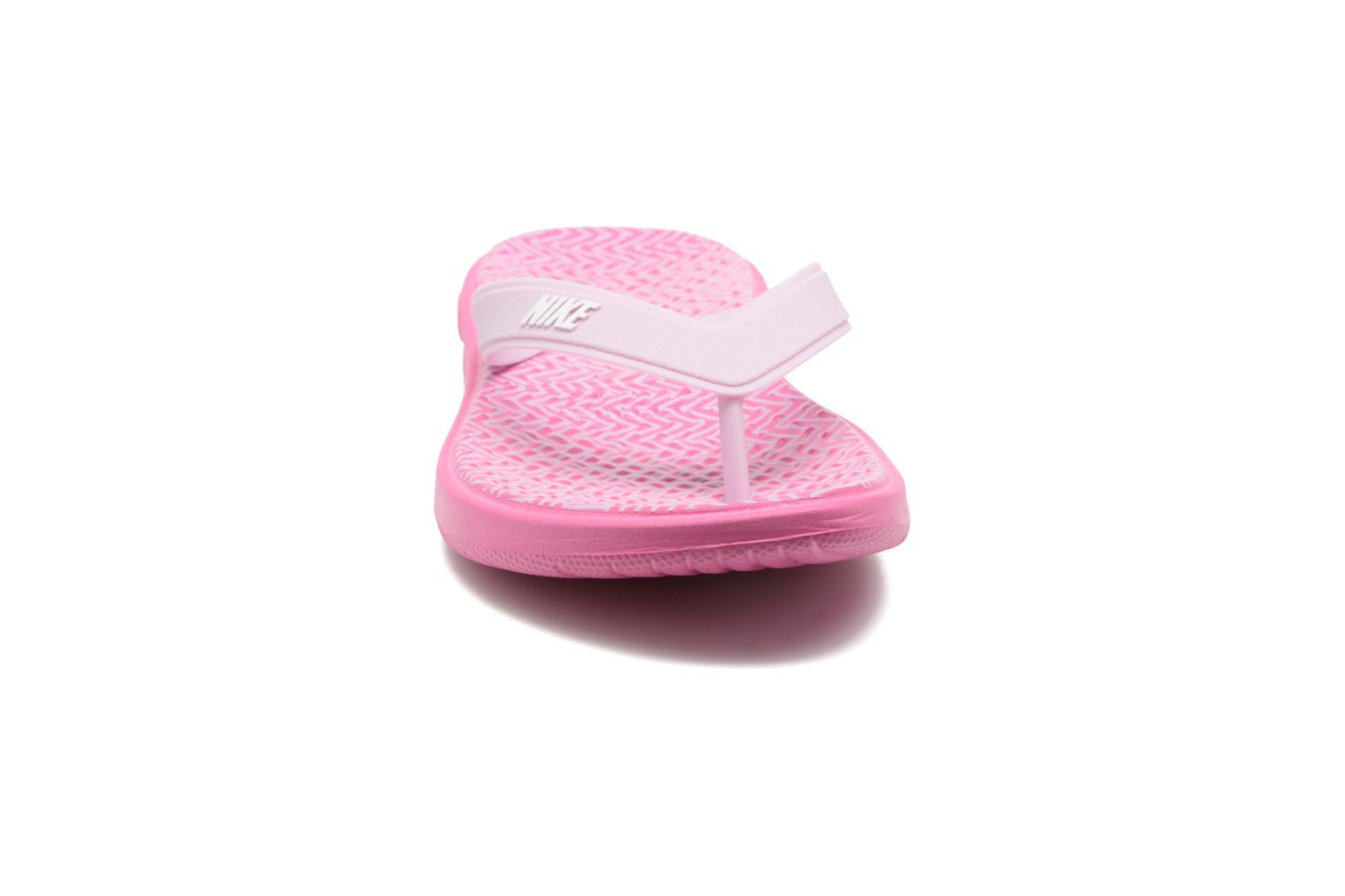 Tongs Nike Nike Solay Rose vue portées chaussures