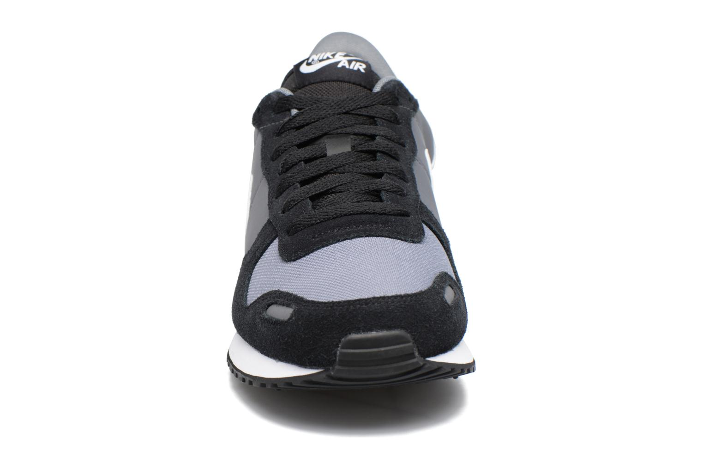 Deportivas Nike Nike Air Vrtx Negro vista del modelo