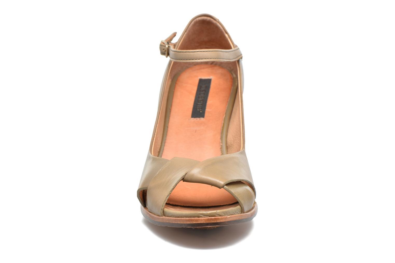 Escarpins Neosens Altesse S467 Beige vue portées chaussures